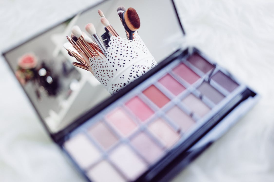 Makeup Palette With Mirror