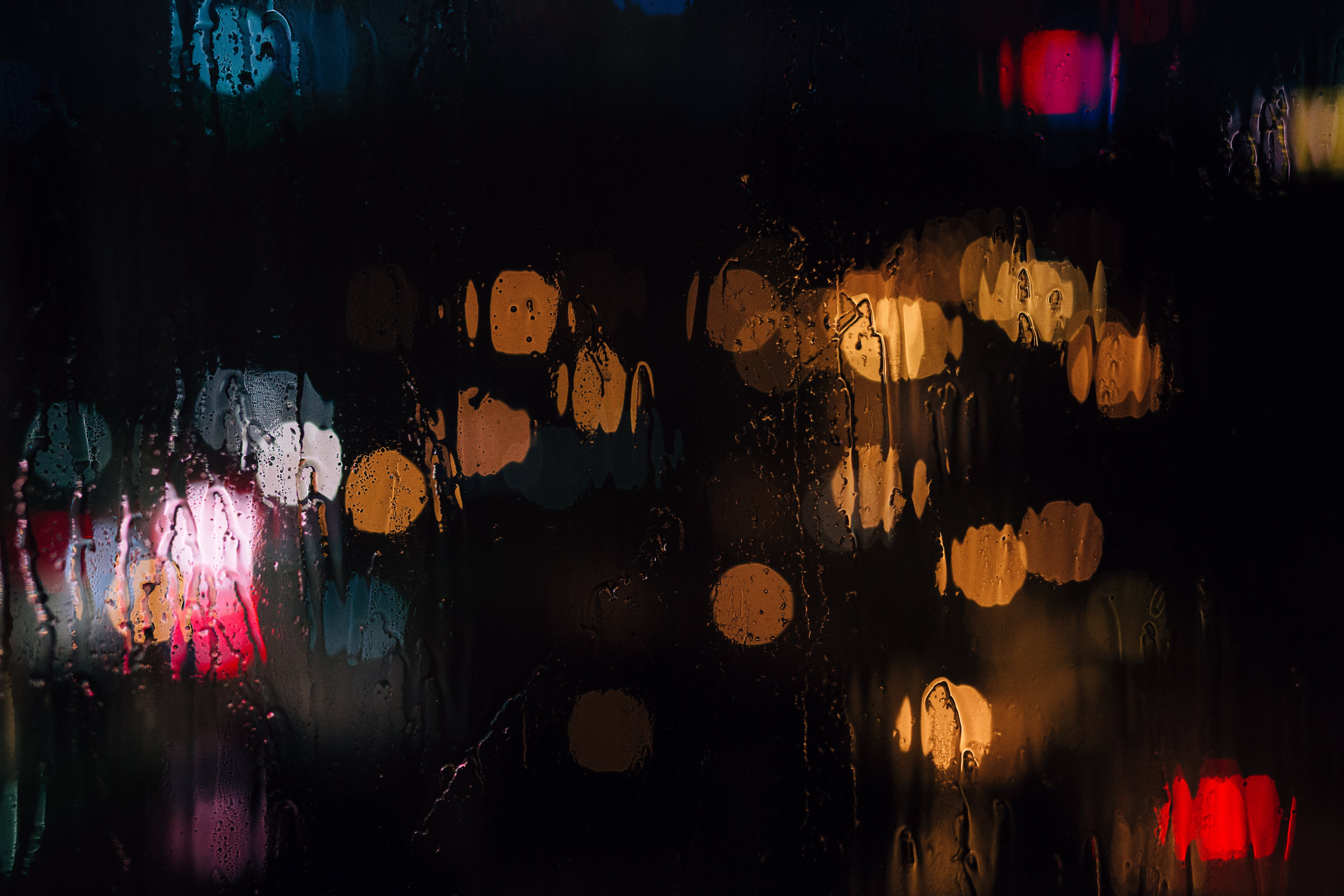 Selective Focus Photography of Wet Glass
