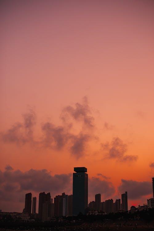 Foto d'estoc gratuïta de alba, alt, ambient, arquitectura