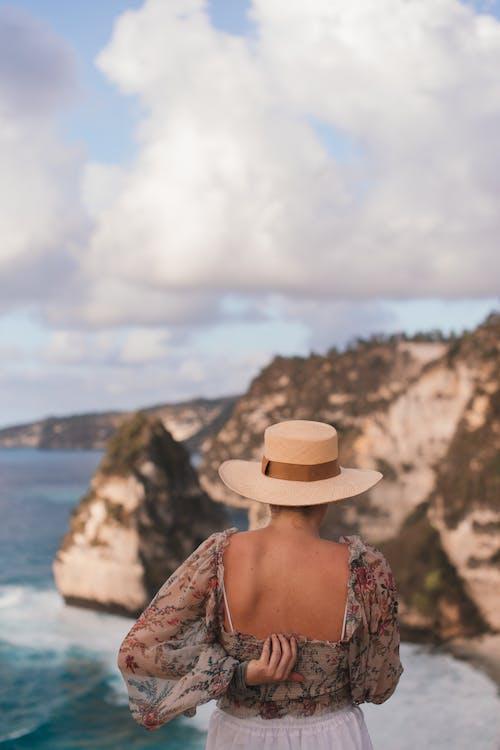 Photos gratuites de admirer, anonyme, arrière-plan flou, baie