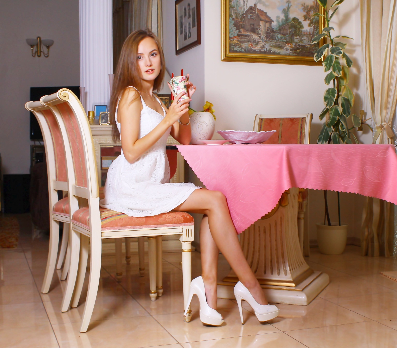 Free stock photo of woman, legs, girl, cute