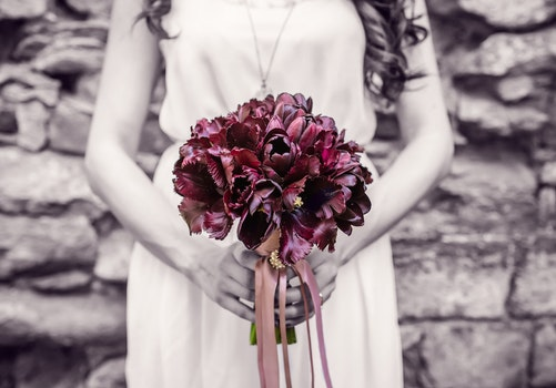 Free stock photo of woman, romantic, flowers, bouquet
