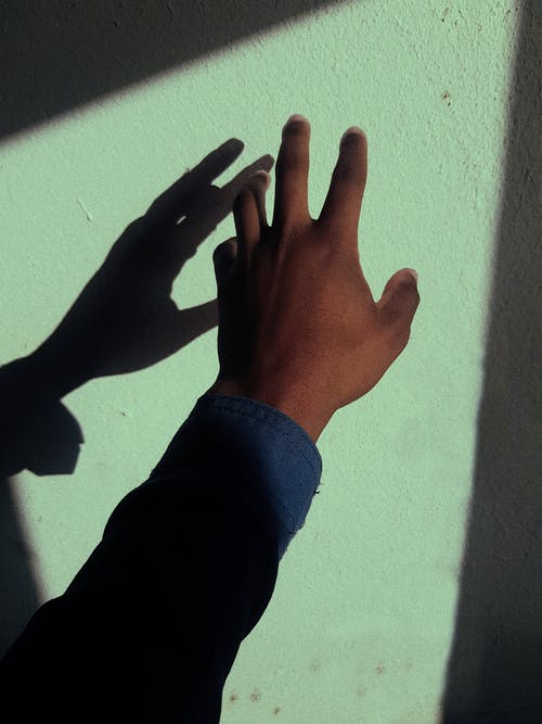 Gratis stockfoto met analoog, fel, gezichtsuitdrukking, hand
