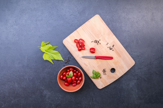 Free stock photo of tomatoes, knife, ingredients, basil
