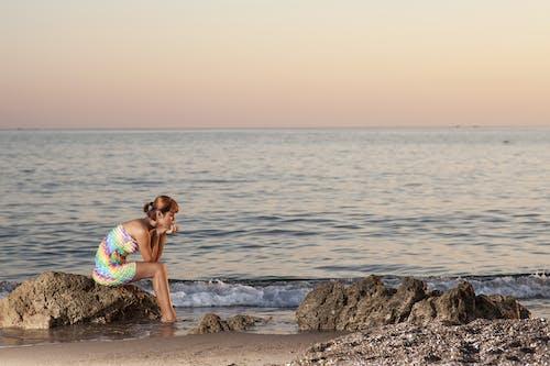Gratis lagerfoto af bølger, hår, hav, kjole