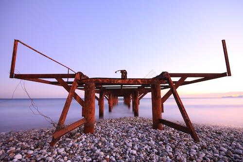 Darmowe zdjęcie z galerii z horyzont, kamyki, morze, most