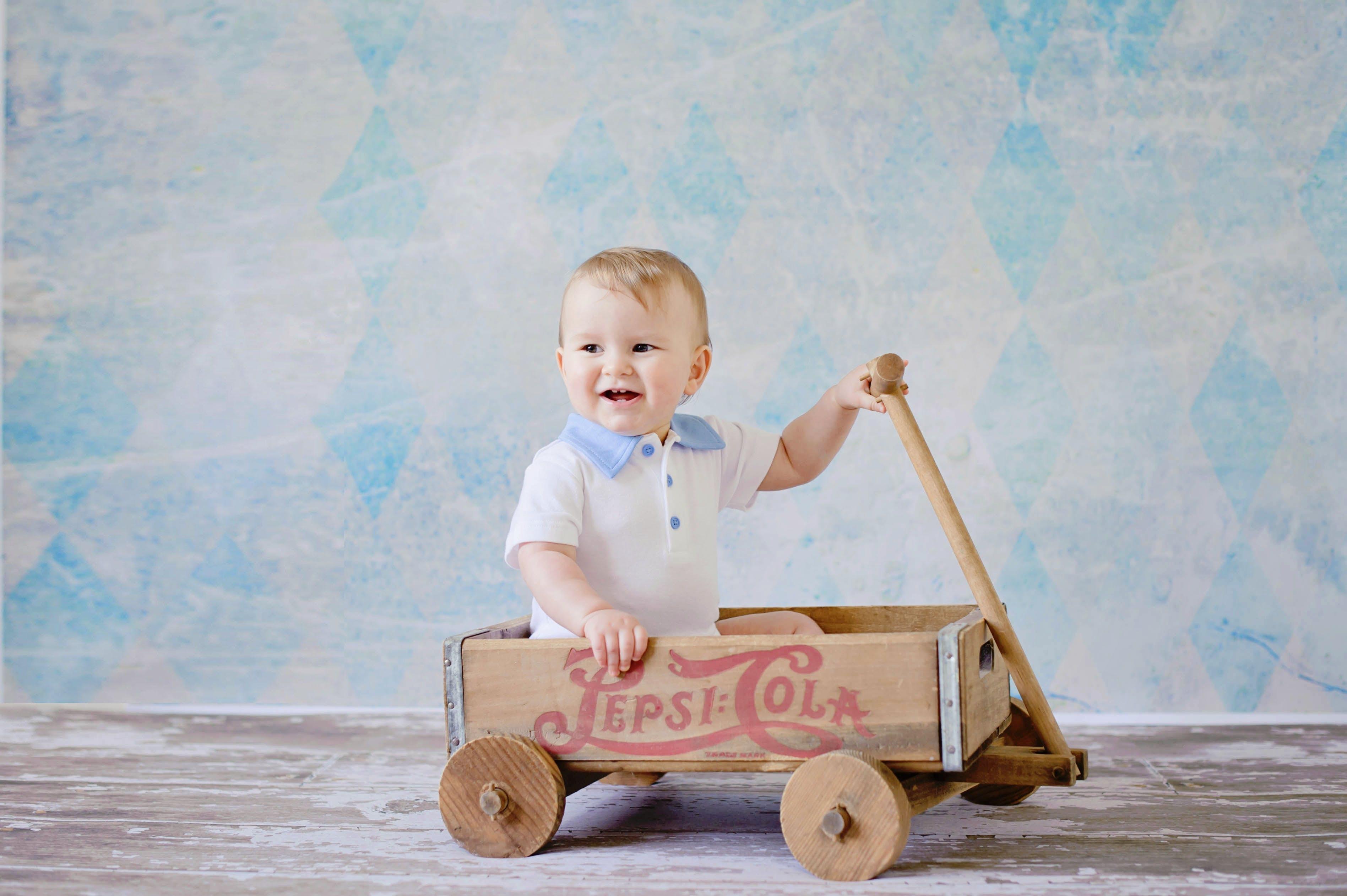 Free stock photo of cute, sweet, child, fun