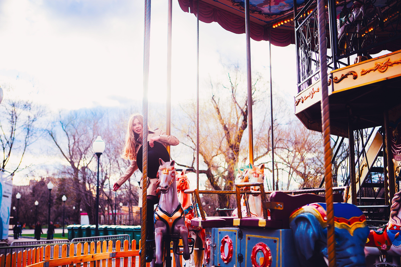 attraction, blonde, blur