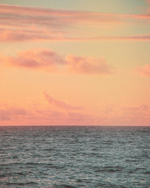 Kostenloses Stock Foto zu blau, blauer himmel, goldenen sonnenuntergang
