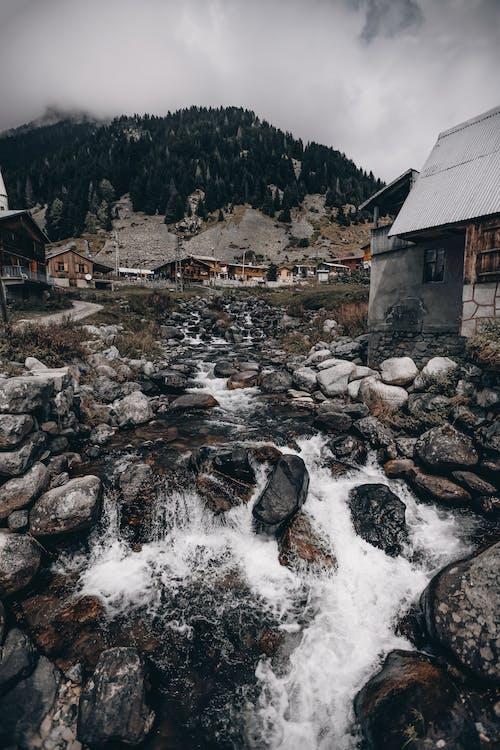 Gratis lagerfoto af akarsu, arkitektur, bjerg, bulut manzarası