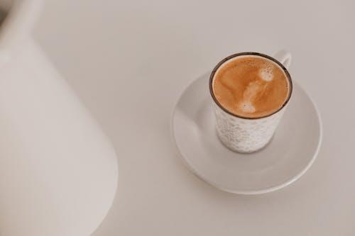 Kostenloses Stock Foto zu amante del café, arte del cafe, becher, café