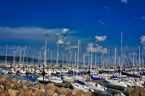 Immagine gratuita di barche, barche a vela, blues sky