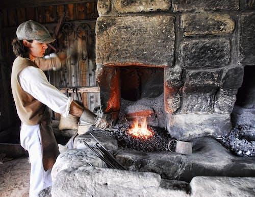 Kostnadsfri bild av arbetare, arbetssätt, aska, brand