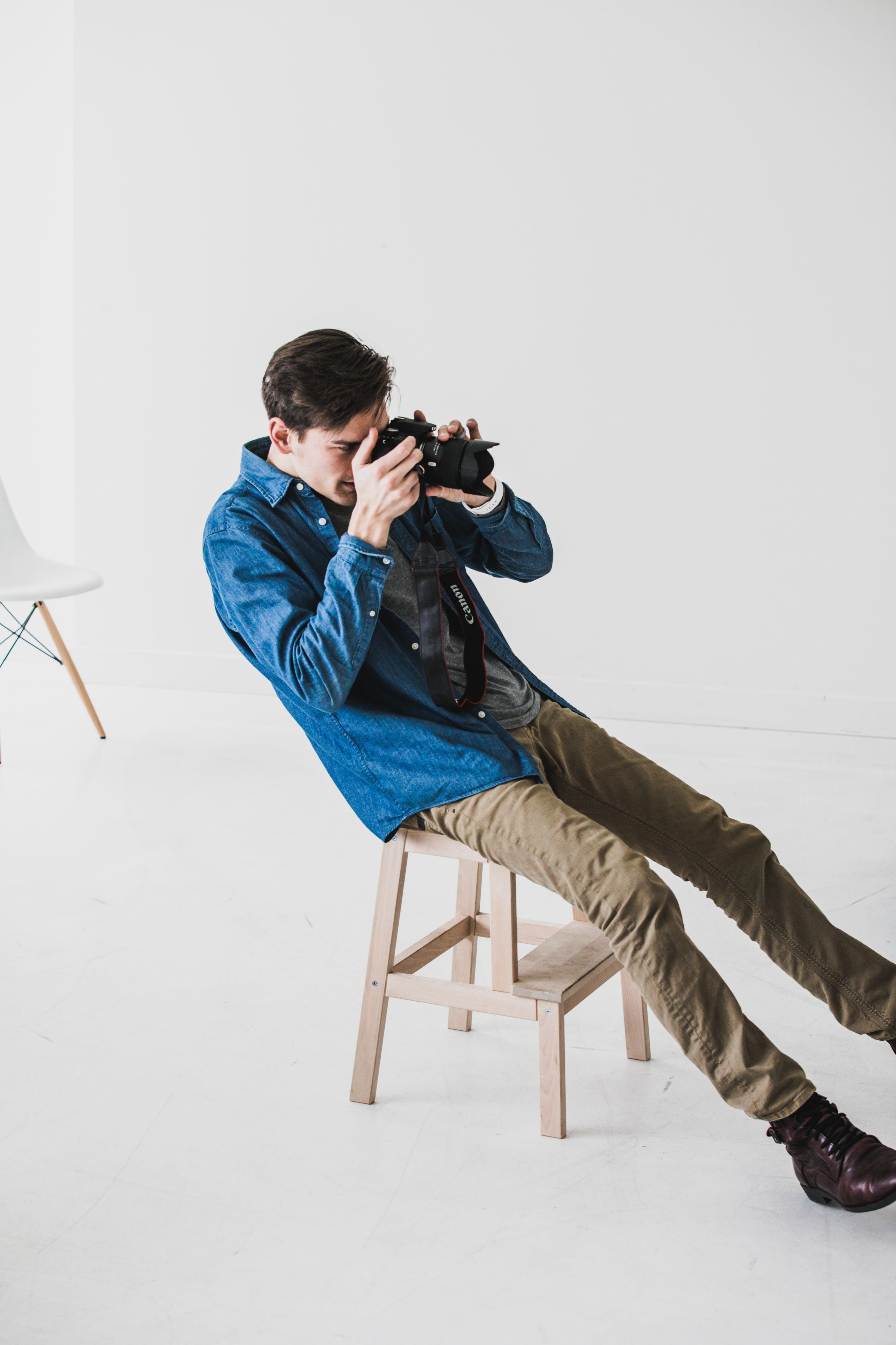 Free stock photo of photographer, shoot, working