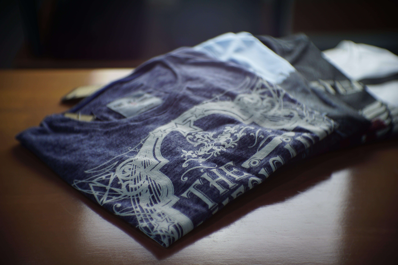 Δωρεάν στοκ φωτογραφιών με t-shirt