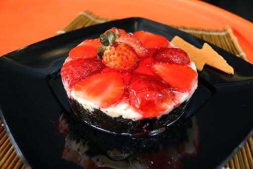 Základová fotografie zdarma na téma bobule, červená, dort, jahoda