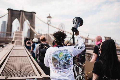 Personas Que Protestaban En El Puente De Brooklyn