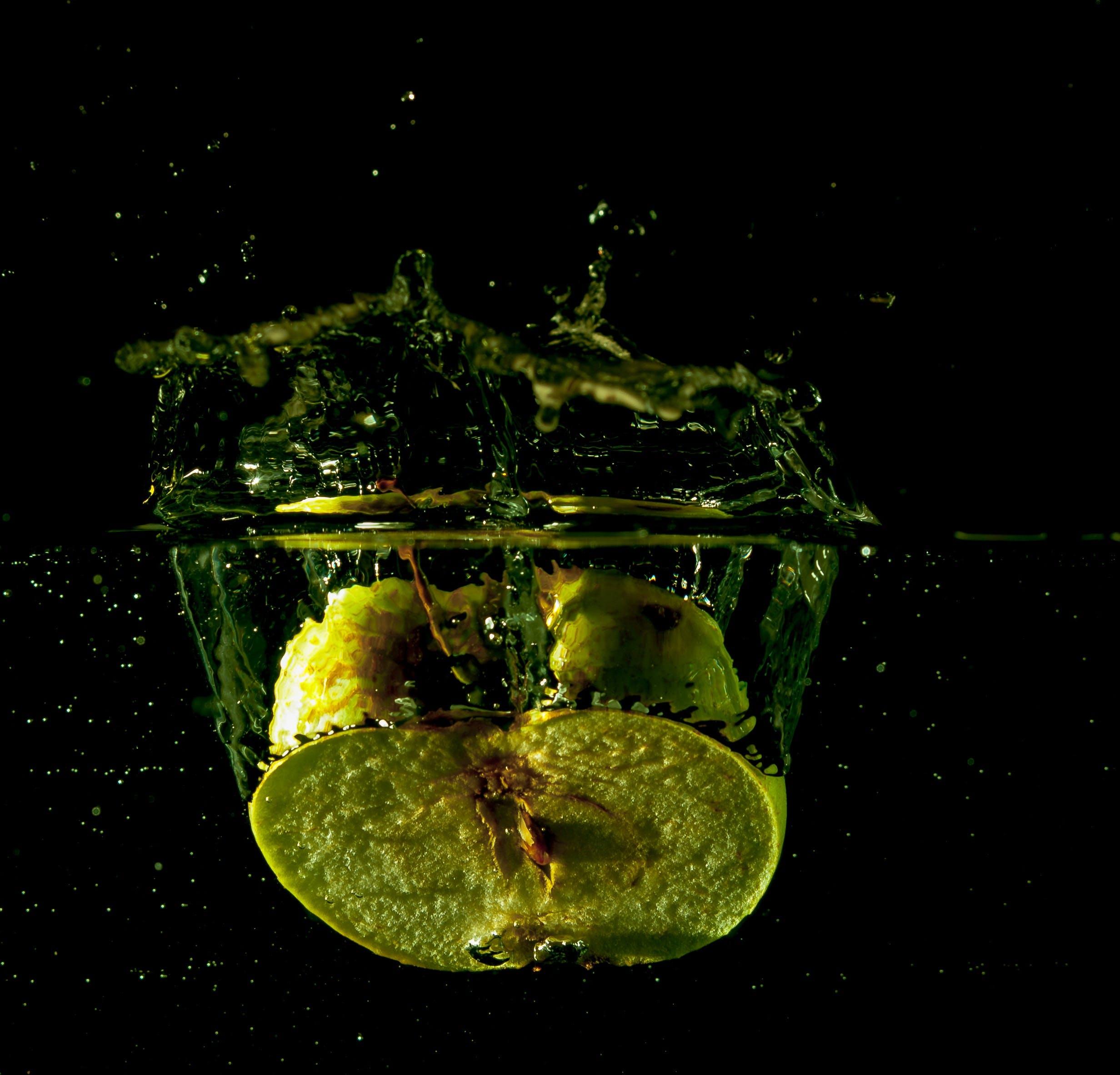 Foto profissional grátis de água, aumentar, bolha, borrifar
