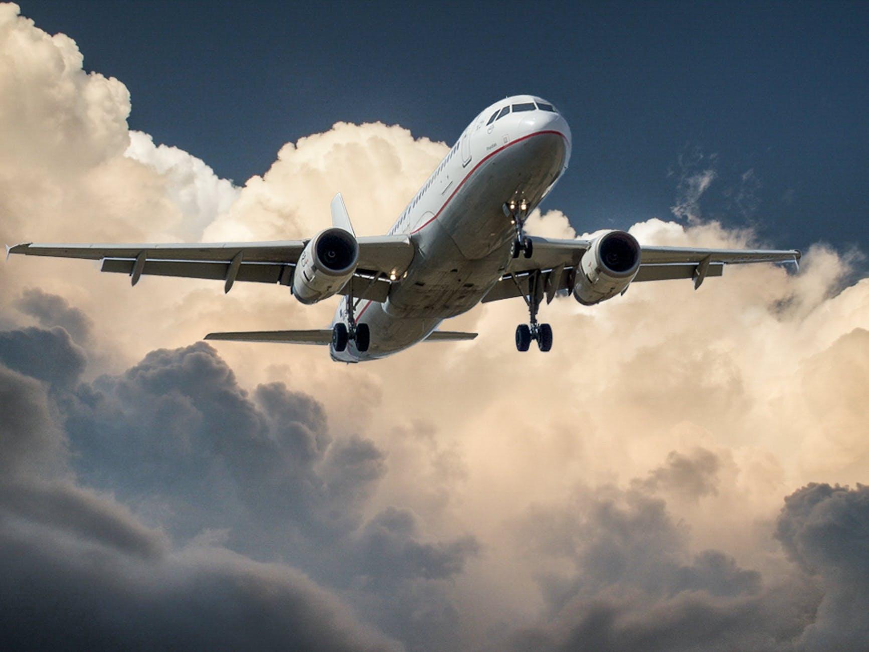 Flugzeug - Quelle: Pexels