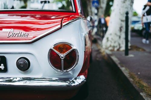 Kostenloses Stock Foto zu auto, automobil, fahrzeug, rücklicht