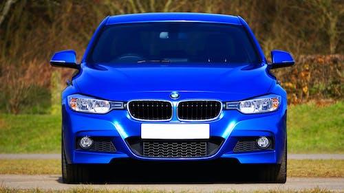 Foto d'estoc gratuïta de blau, capó, cotxe, enginyeria alemanya