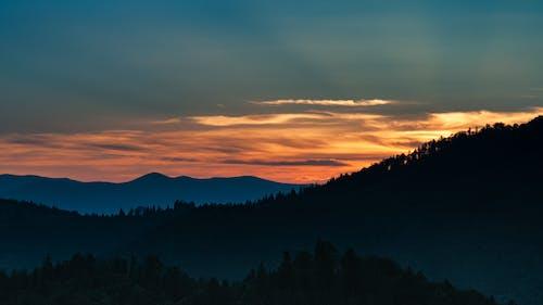Imagine de stoc gratuită din arbori, cer, lumina zilei, munți