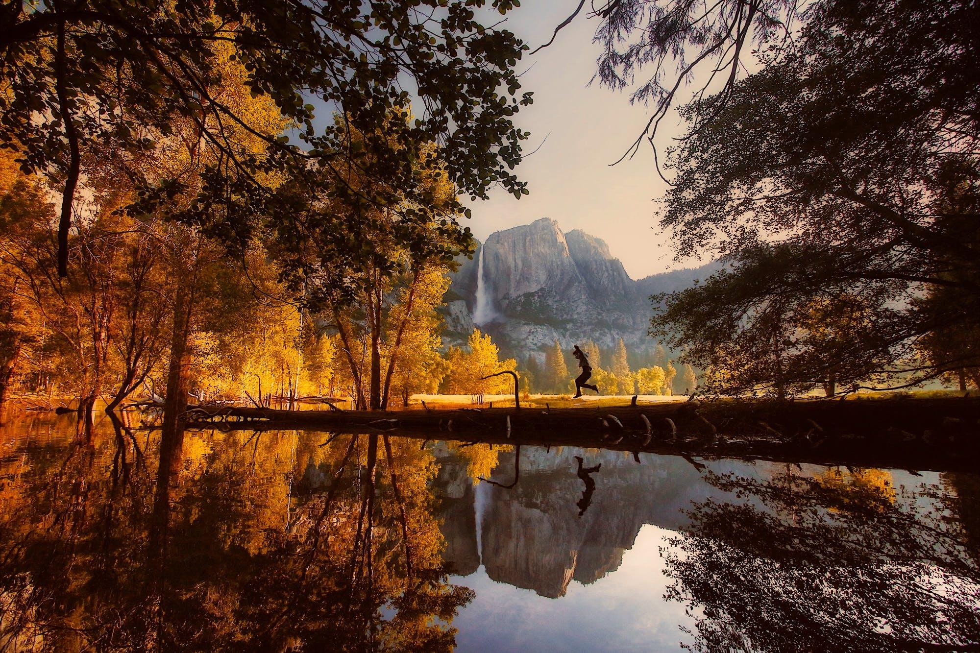 Kostnadsfri bild av bäck, bergen, dagsljus, himmel