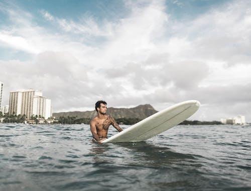 ウォータースポーツ, おとこ, サーファーの無料の写真素材