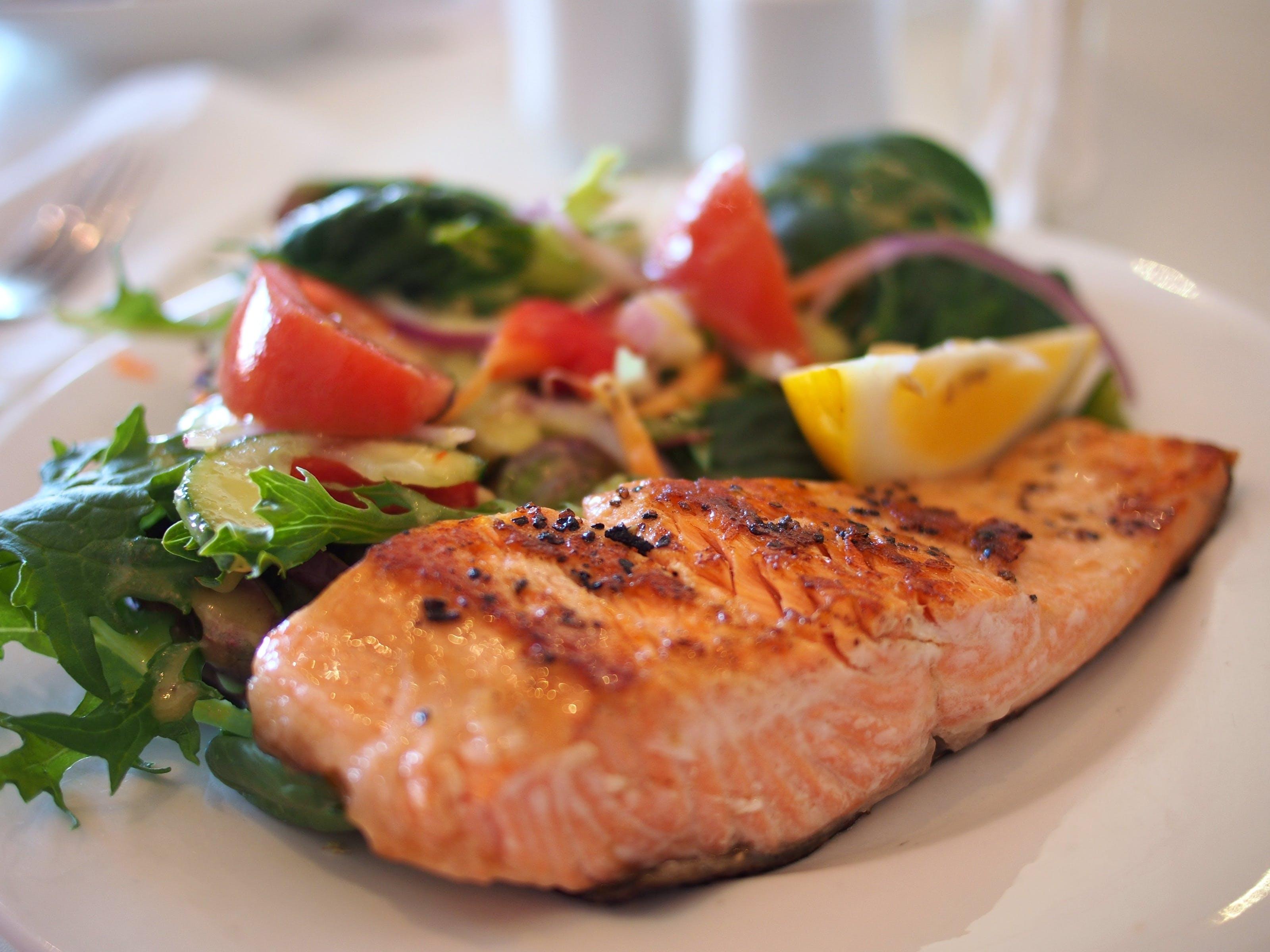 Kostenloses Stock Foto zu abendessen, essen, fisch, fleisch