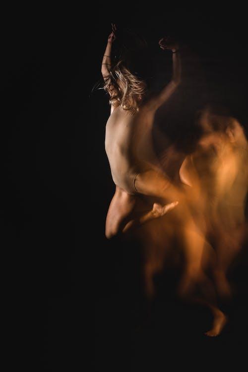 Foto d'estoc gratuïta de acrobat, actiu, art de ball, artista