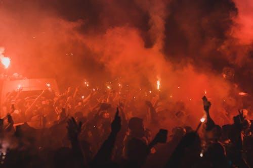 Darmowe zdjęcie z galerii z dym, energia, erupcja, fajerwerki