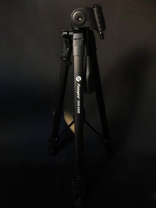 Free stock photo of giá ba chân, thiết bị camera, thiết bị chụp ảnh