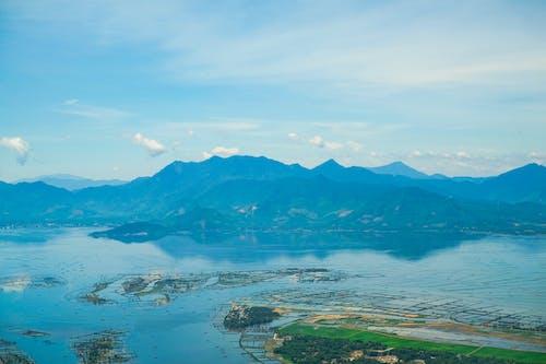 Fotos de stock gratuitas de arroz, montañas, pueblo de montaña, tierra agricola