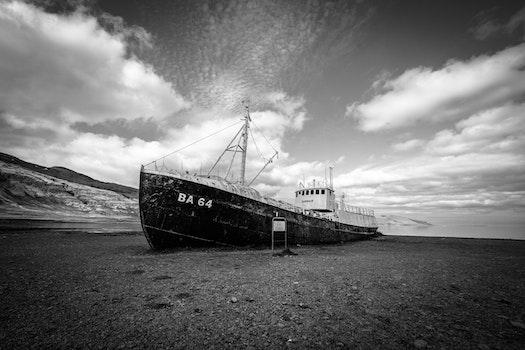 Free stock photo of sea, black-and-white, landscape, sky