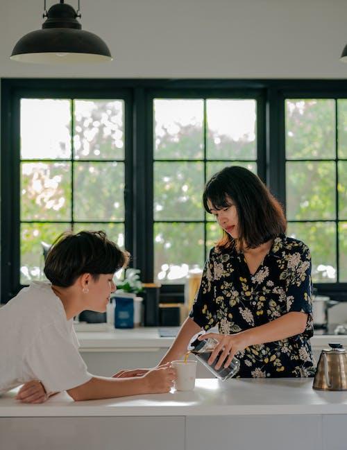 Základová fotografie zdarma na téma dvojice, espreso, hrnek na kávu, káva