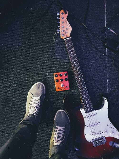 Gratis stockfoto met elektrische gitaar, elektrische gitaarapparatuur, fretboard, gitaar