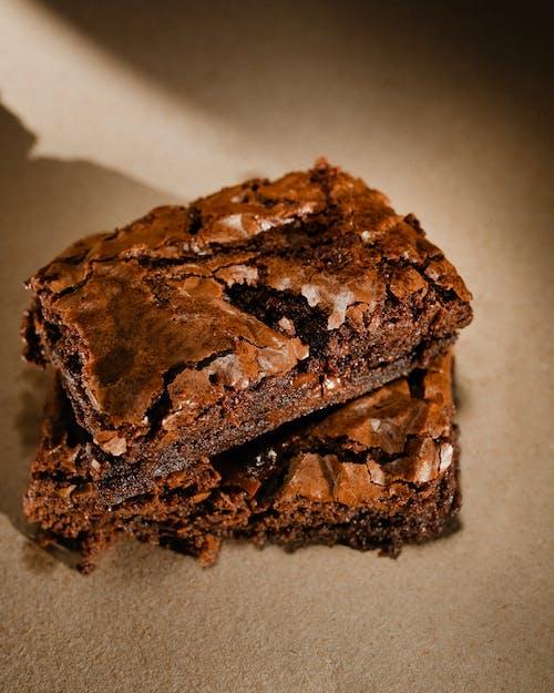 Ingyenes stockfotó brownie, brownie torta, csendélet, csokoládé témában