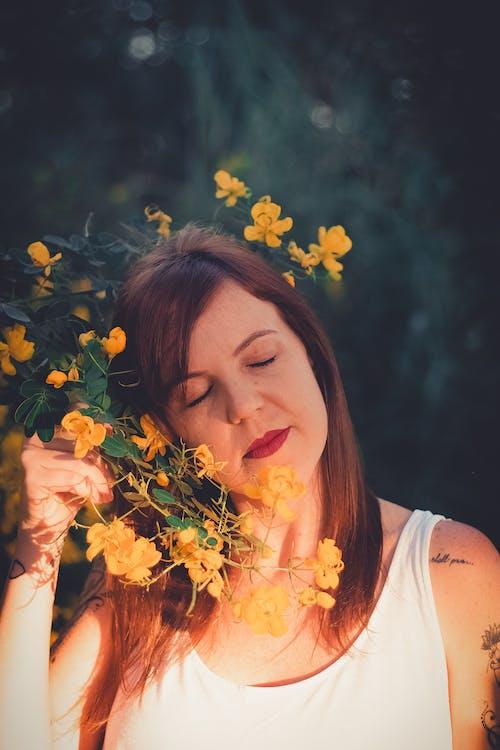 Ilmainen kuvapankkikuva tunnisteilla auringonlasku, hiukset, hius, hymy