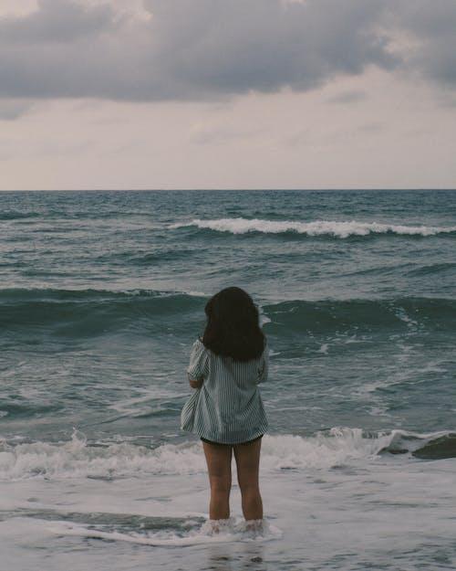 Fotos de stock gratuitas de 35 mm, fotografía de retrato, Oceano, película de 35mm