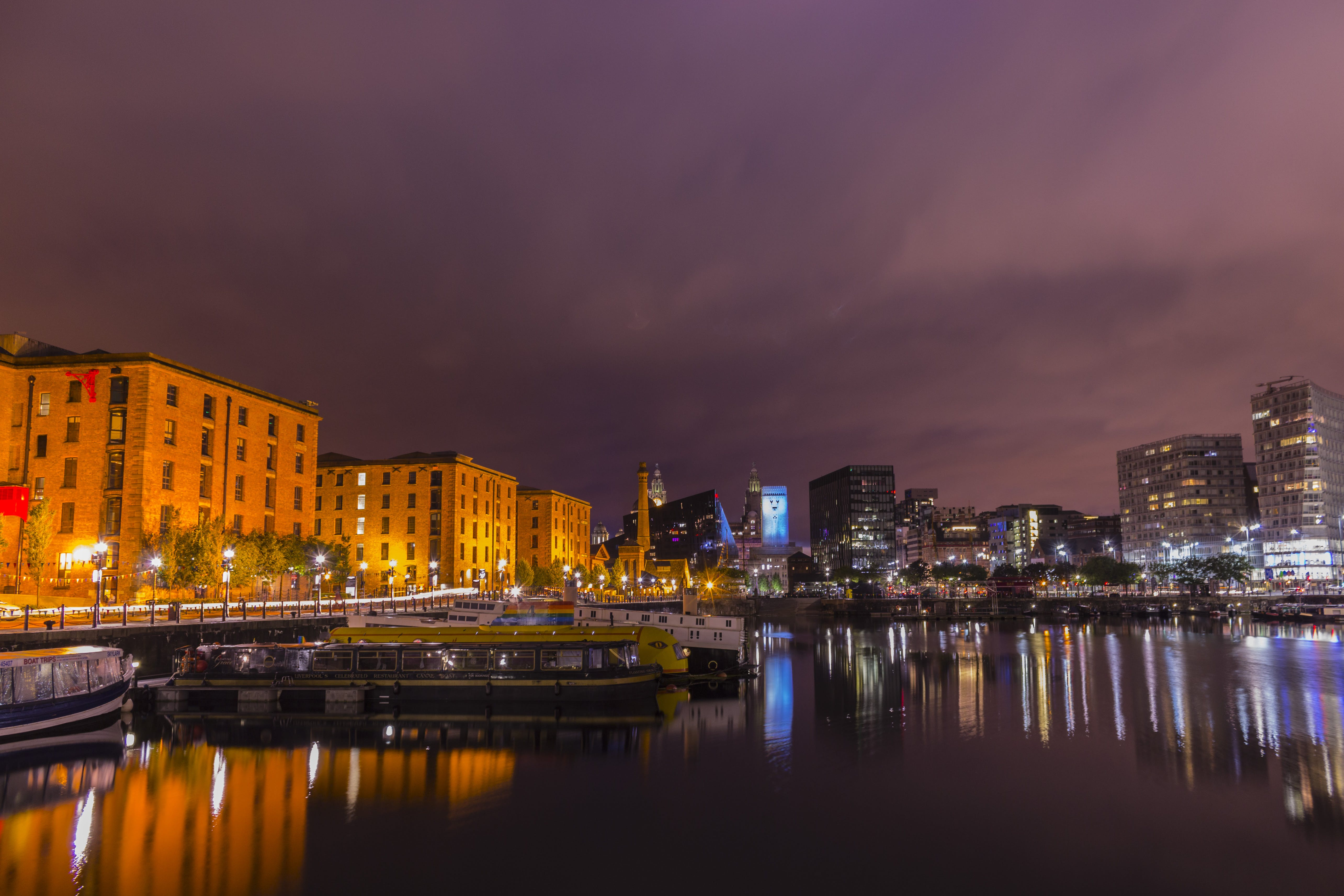 Albert Dock, architecture, bridge