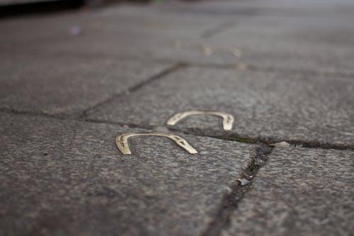 Foto profissional grátis de calçada, calçamento, fortuna, passeio
