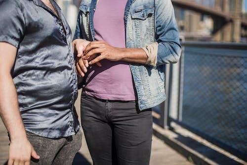 Gratis stockfoto met Afro-Amerikaanse man, anoniem, gay