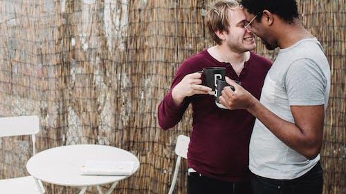 Δωρεάν στοκ φωτογραφιών με lgbt, αγάπη, άνδρες