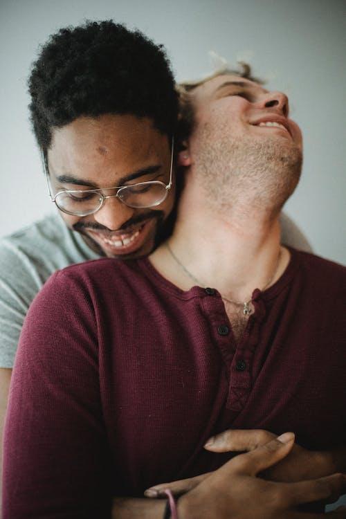 คลังภาพถ่ายฟรี ของ LGBT, กอด, กอดคู่