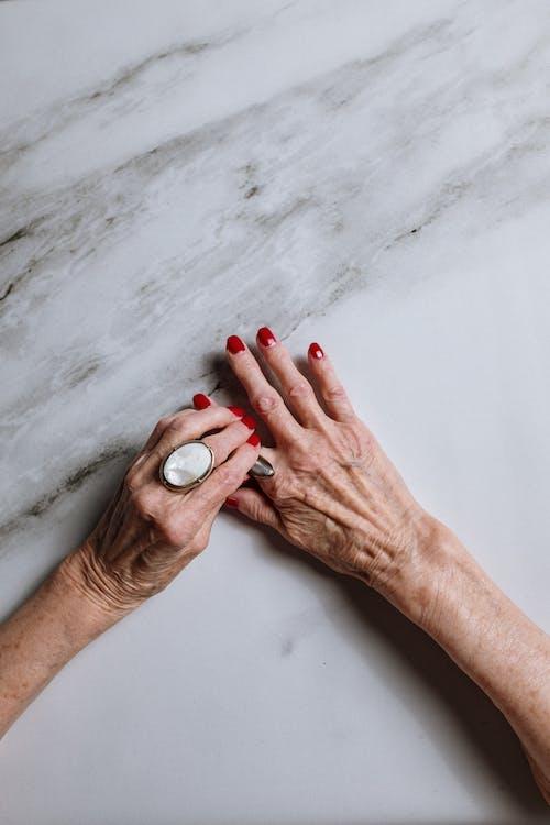Fotos de stock gratuitas de abuela, adulto, anciano