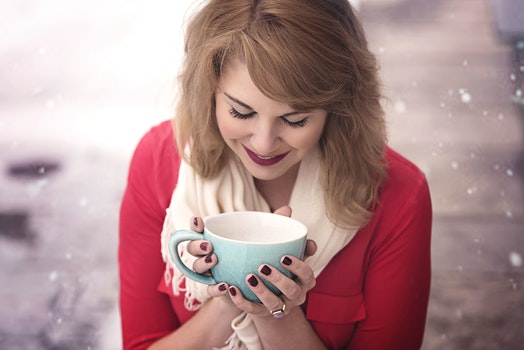 Free stock photo of snow, woman, coffee, cup