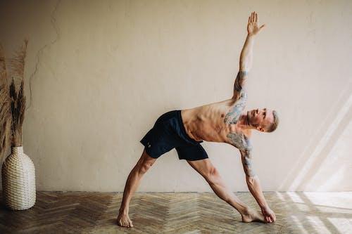 Immagine gratuita di adulto, allenamento domestico, arte, ballando