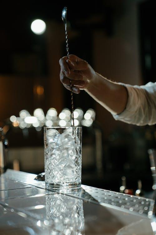 做一杯鸡尾酒, 僱員, 准备, 匿名 的 免费素材图片