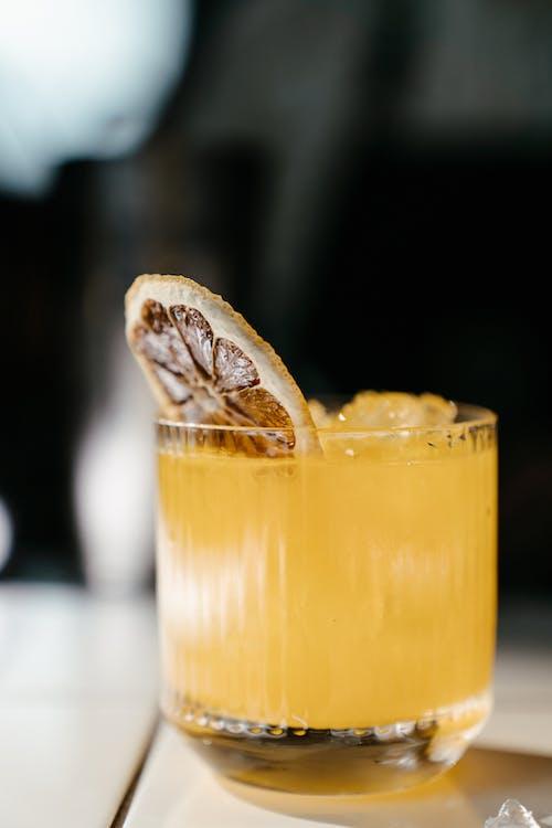 Immagine gratuita di alcol, arancia, arancione, assetato