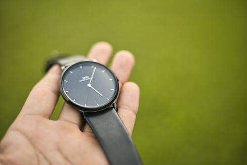Free stock photo of Analog watch, leather, wristwatch
